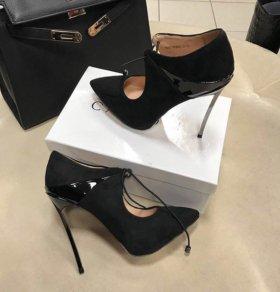 Новые ботильоны туфли casadei