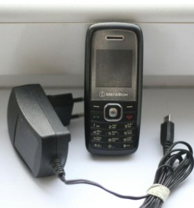 Мегафон T261L В комплекте : Зарядное устройство