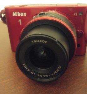 Nikon 1 J1 + 10-30mm + карта памяти
