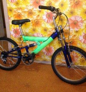 Класный велосипед подростковый