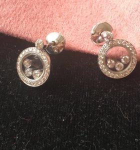 Золотые серьги с бриллиантами chopard