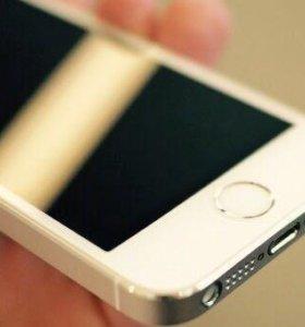 Айфон 5 s на 16 Гб голд