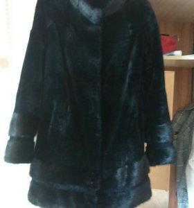 Шубы, куртки и другая одежда