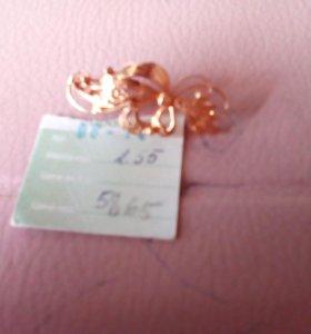 Брошка золото
