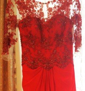 Вечернее платье кружево сделано в ручную