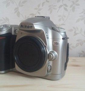 Nikon D50 (body)