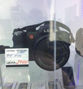 Leica v lux 2