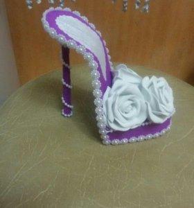 Туфелька сувенирная