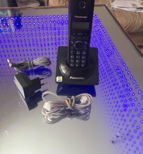 KX-TG1711RU - беспроводной телефон Panasonic DECT