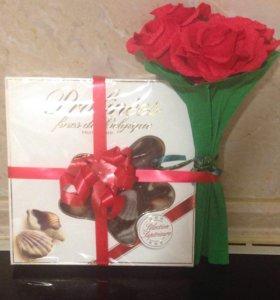 Коробки конфет с цветами