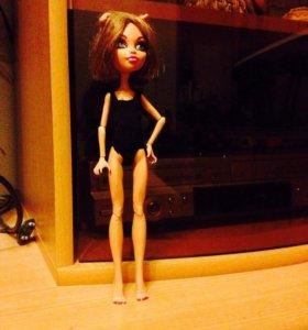 Кукла из коллекции Монстр Хай.