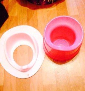 Горшок и накладка на туалет новые
