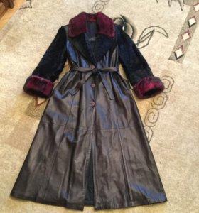 Пальто из лайковой кожи с норковой отделкой 48-50р