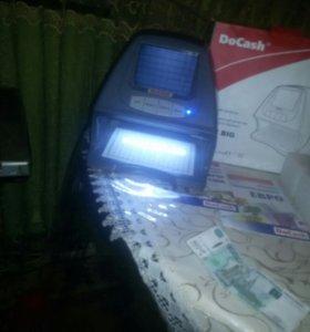 Детектор определения фальшивых банкнот