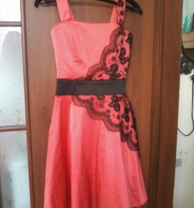 Платье на девочку,размер 36