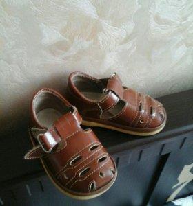 Продам сандали и кеды х/б