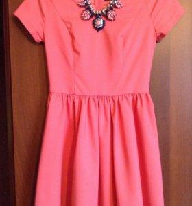 Платье Кира Пластинина с ожерельем в комплекте