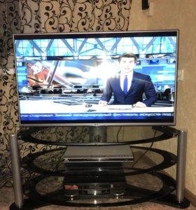 Стол под ТВ, аппаратуру, новый