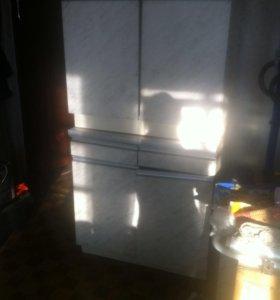 Кухня 2 напольных шкафа , 2 навесных