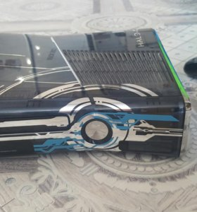 Xbox 360 Halo Edition 320 gb freeboot+40 игр