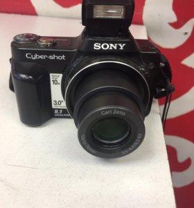 Фотокамера Sony Cyber-shot DSC-H10 комплект