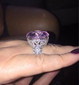 Шикарное кольцо в стиле Graff
