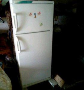 Холодильник Stinol 242Q.002 б/у