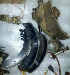 Тормозные колодки на М-412
