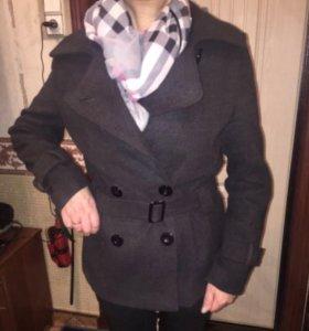 Весенне пальто новое