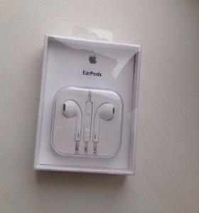 Новые наушники Apple EarPods