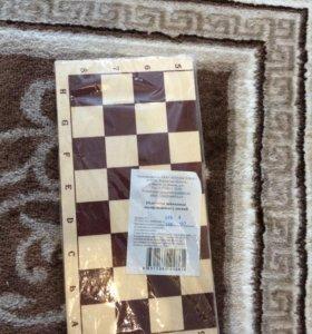 Шахматы новые в упаковке 30*15 см.