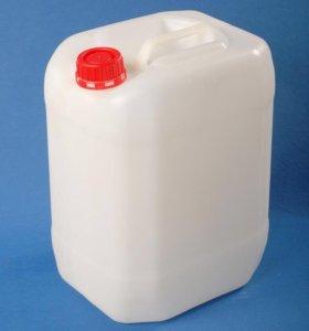 Канистры пластиковые, из под химий