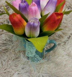 Тюльпаны с ключиком в кружке