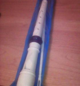 Флейта (пластиковая )