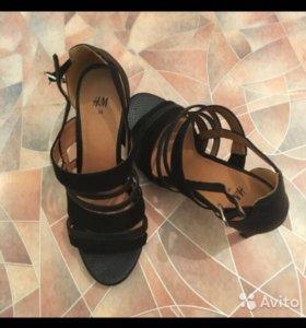 Бомоножки туфли h&m