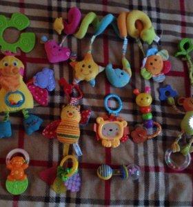 9 игрушек погремушек
