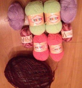 Пряжа, спицы для вязания