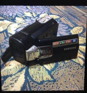 Видеокамера Samsung 65x intelli-zoom