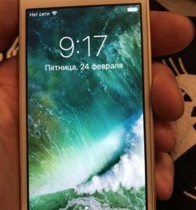 iPhone se 64GB Золото
