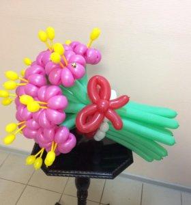 Цветы из воздушных шаров с тычинками