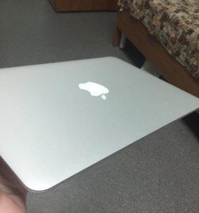 Macbook Air 11'(идеальное состояние)