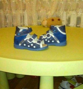 Ортопедичкая обувь