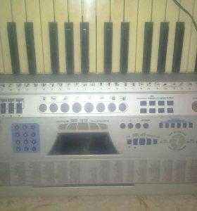 Синтезатор Techno Musik