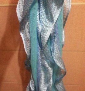 Красивый шарф с люрексом