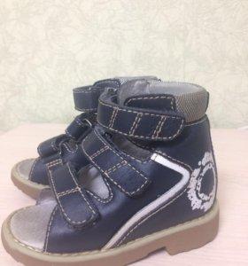 Ортопедические сандали Ortek