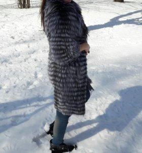 Чернобурка на кашемире