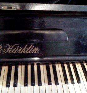 Пианино (старинное, примерно 19 век)