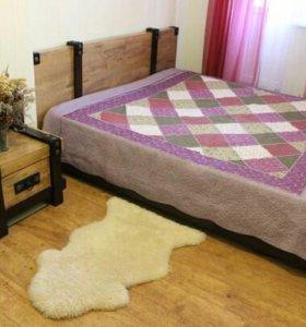 Двуспальная кровать Yaziko, тумбочка и стол