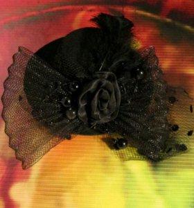 Заколка винтажная шляпка чёрная с вуалью