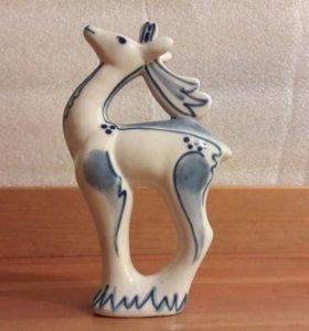 фарфоровая статуэтка «олень»